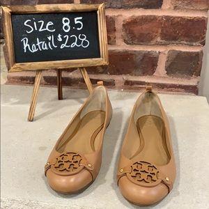 Tory Burch Gabriel Flats worn Once Size 8.5
